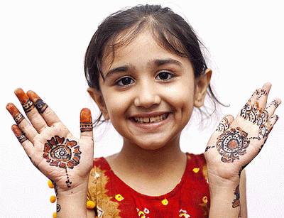 Mehndi design for kids8