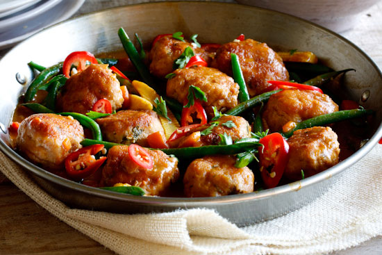 Zesty chicken meatball