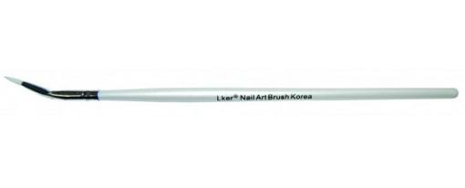 crooked-detailer-brush