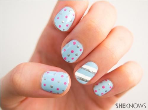 polka dot nail3