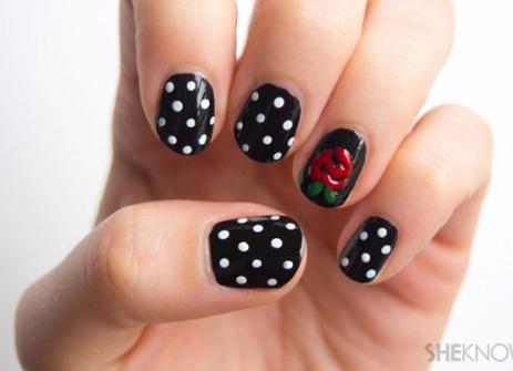 polka dot nail4