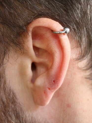 Ear Piercing for Men2