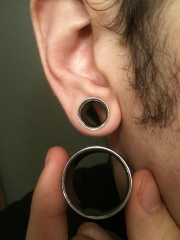 Ear Piercing for Men3