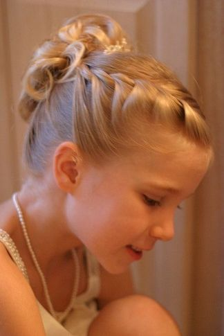 Flower Girl Hairstyles9