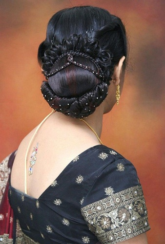Latest and Modern Bridal Hairstyles 30