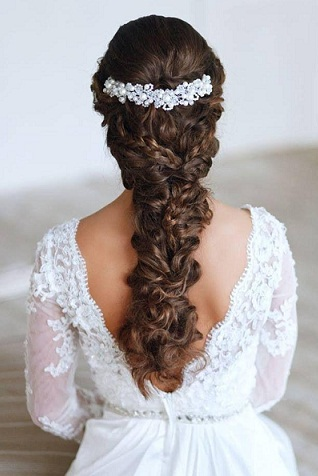 Latest and Modern Bridal Hairstyles 50