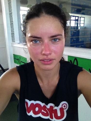 adriana lima without makeup9