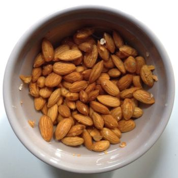almond milk2