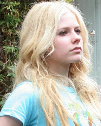 avril lavgine without makeup4