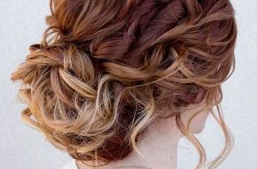 medium curly hairstyles8