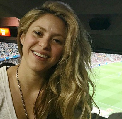 Shakira without makeup2