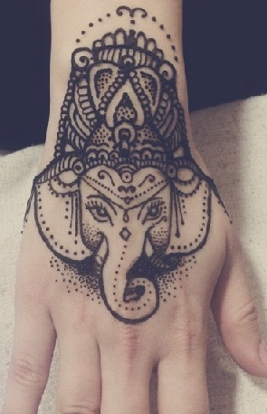 traditional-hand-tattoos-with-lord-ganesh-24