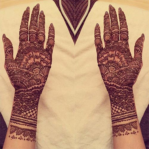 best floral bridal mehndi design