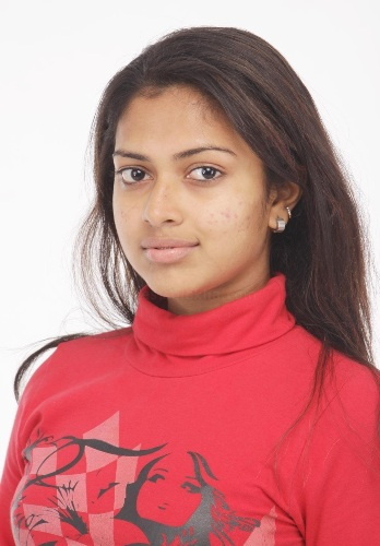 Amala Paul without make up  2
