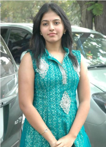 anjali without makeup