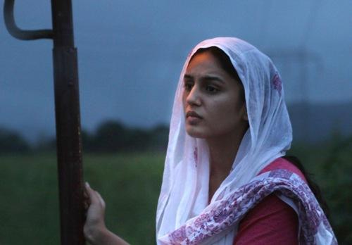 Huma Qureshi Without Makeup 3