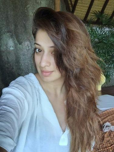 Lakshmi Rai without makeup 9