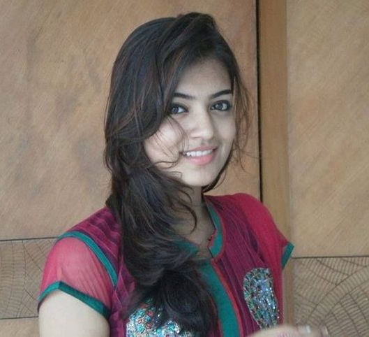 Nazriya Without Makeup 6