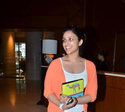 Parineeti Chopra without makeup 6