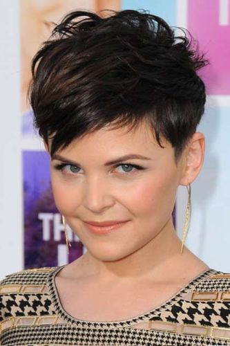 Top 9 pixie hairstyles for round faces styles at life pixie hairstyles for round faces 1 urmus Images