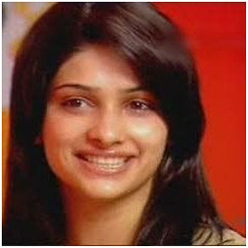 Prachi Desai without makeup 8