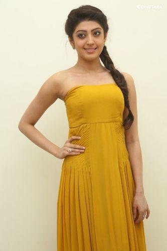 Pranitha without makeup 8