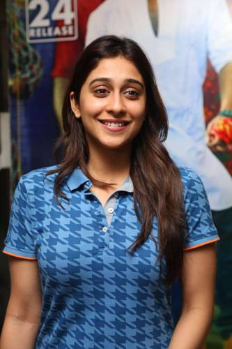 Regina Cassandra without makeup 4