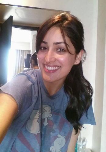 Yami Gautam without makeup 3
