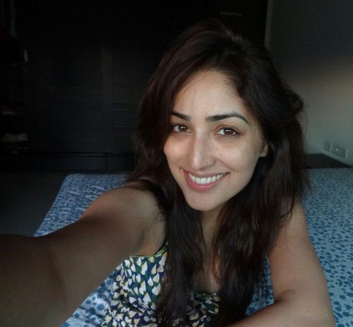 Yami Gautam without makeup 6