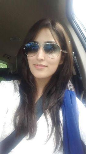 Yami Gautam without makeup 7