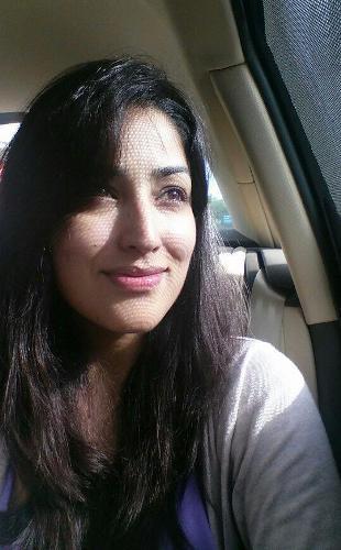 Yami Gautam without makeup 8