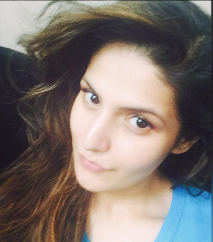 Zarine khan without makeup  8