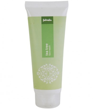 fabindia-tea-tree-face-wash