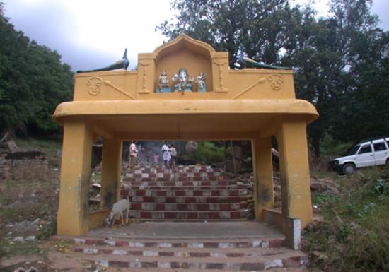 Sri Mavoottru Velappar Temple