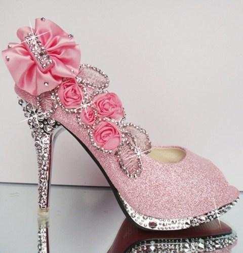 Bridal sandals.4