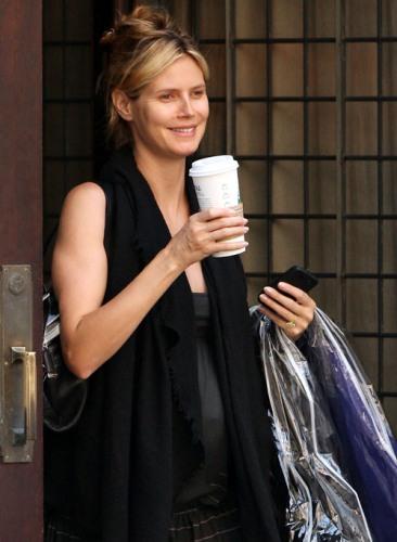 Heidi Klum without makeup 6