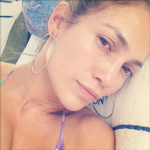 Jennifer Lopez without makeup 8