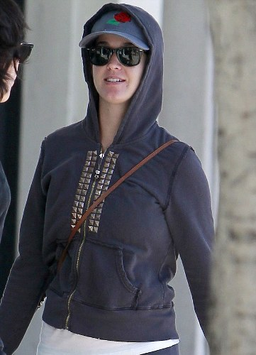 Katy Perry without makeup 7