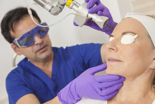 Dark Circles Laser Treatment - Types, Side Effects, Works