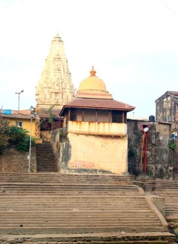 Top 9 Temples in Mumbai 1