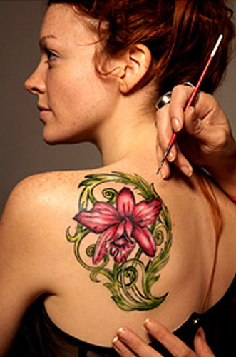 9 best fake tattoo designs with pictures styles at life for Best fake tattoos
