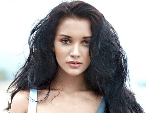 Amy Jackson without makeup pictures 8