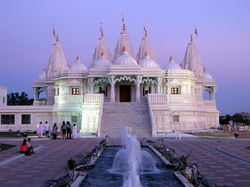 BAPS Shri Swaminarayan Temple