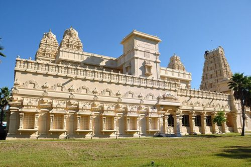 10 Most Famous Temples In America You Must Visit | Styles At