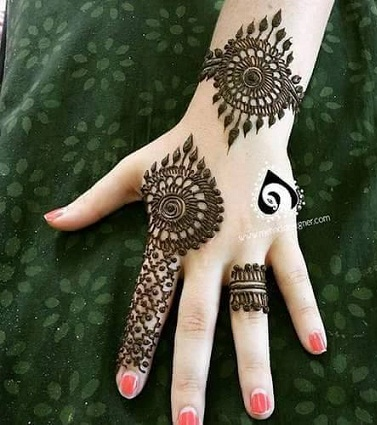 peacock-feather-design-mehendi-simple-and-easy-mehandi-designs-for-beginners