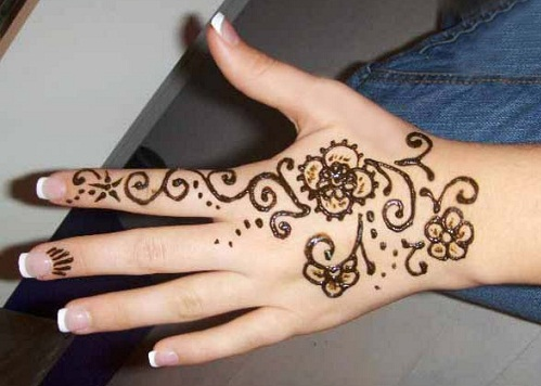 Simple And Easy Mehandi Designs 58