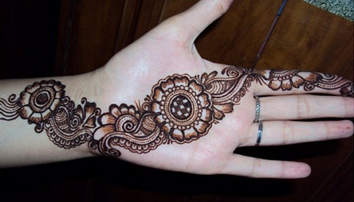Simple And Easy Mehandi Designs 62