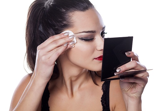 how to remove makeup3