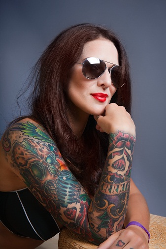 how to remove permanent tattoo