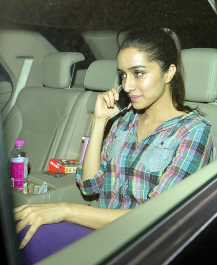 Car True Value >> 8 Recent Pictures of Shraddha Kapoor without Makeup | Styles At Life